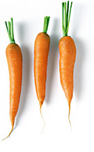 Tre morötter har det fint tillsammans.