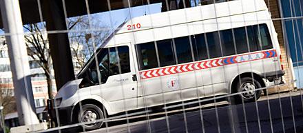 Färdtjänstbuss
